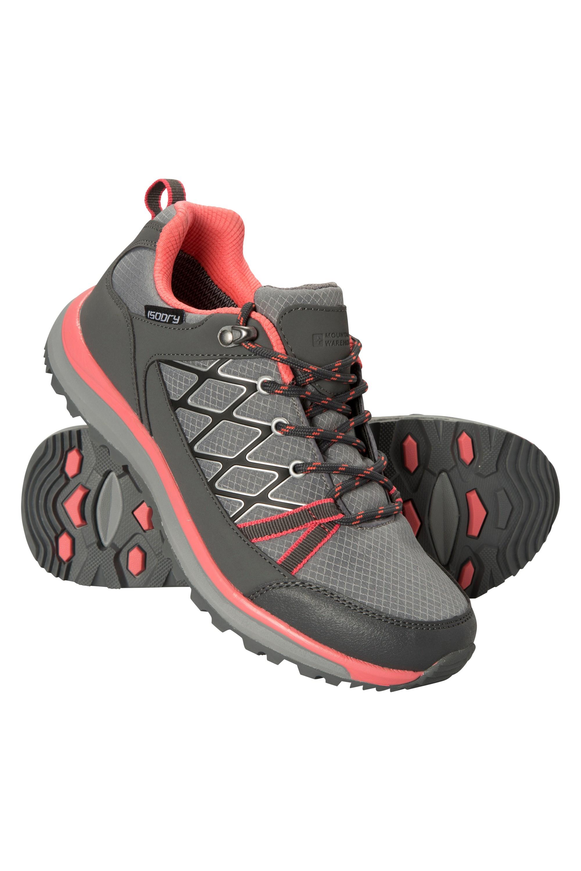 Best Shoes For Trekking Nepal