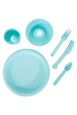 24 Piece Plastic Picnic Set