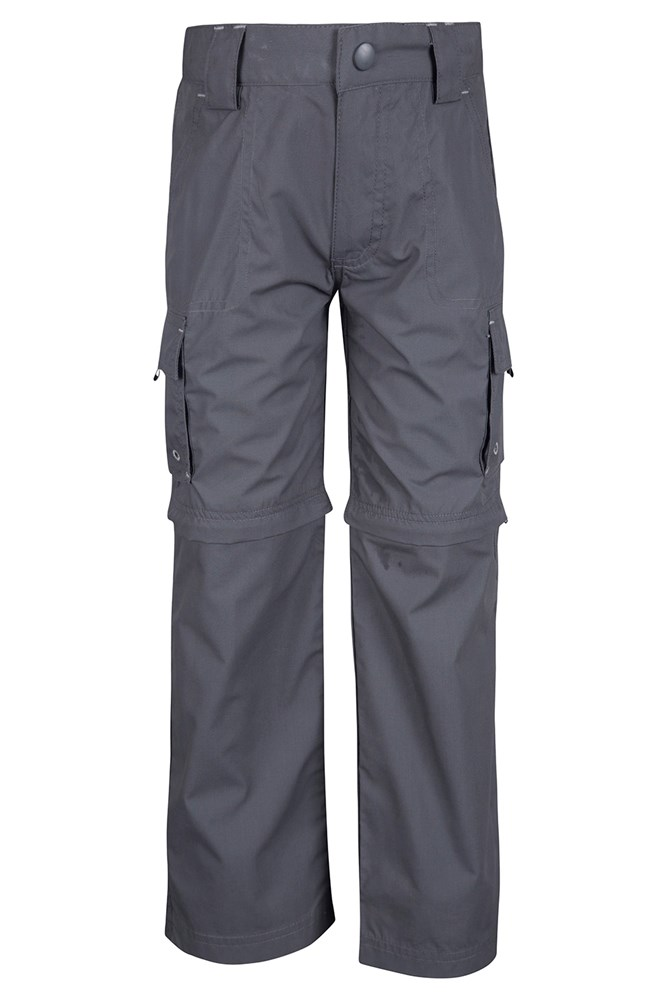 The iconic cargo pants from Gap feature styles for men, women, boys, and girls. From classic khaki colors to vibrant solids, the cargos give you versatility for many occasions.